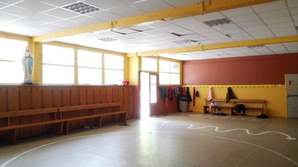 cours récréation intérieure école notre dame