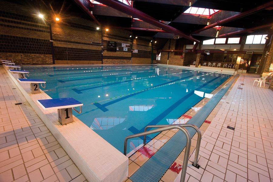 piscine daulle